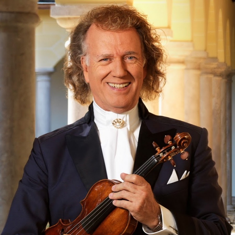 André Rieu waltzes back onto the screen at the Torch Theatre this summer!