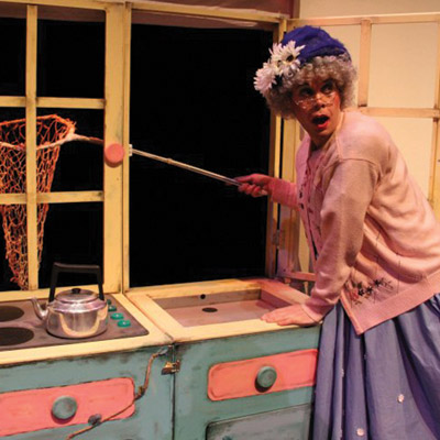 FAIRYTALE FOOD FOR FAMILIES  AT THE TORCH THEATRE
